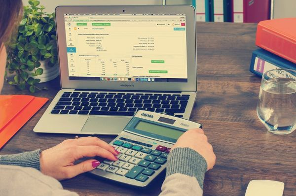 Quickbooks Pricing UK : Which Plan Is Best For You? (2020)